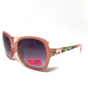 Betsy Johnson Pink Rounded Sunglasses NWT $89